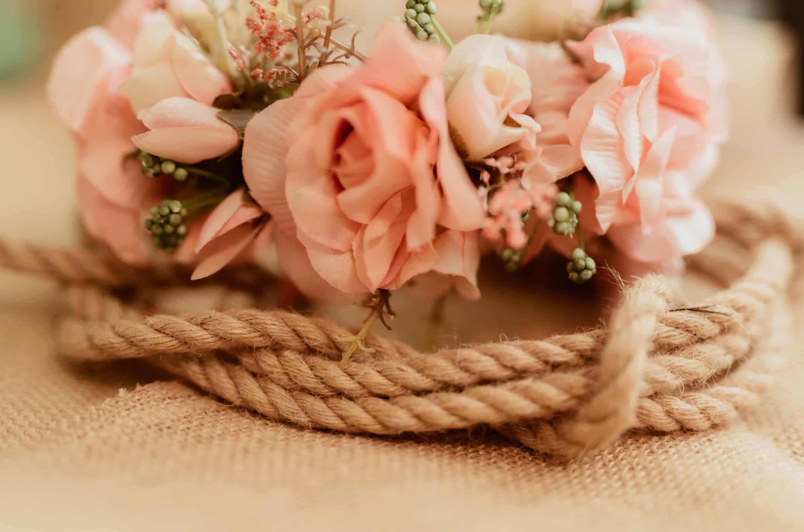 natural tones rope and flowers on burlap 3ZHNKSL scaled